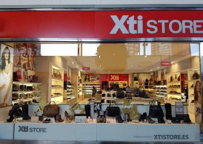 VISUAL MERCHANDISING | | XTI